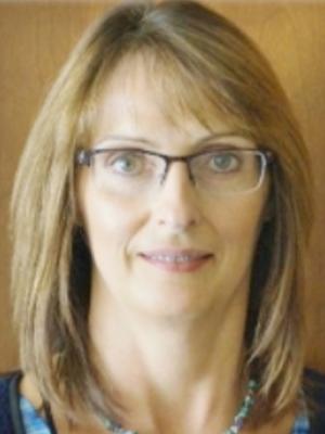 Yvonne Uhrich, Broker